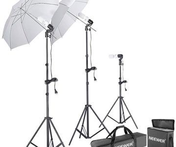 Neewer 600w Professional Photo Studio Continuous Lighting Kit for only $32
